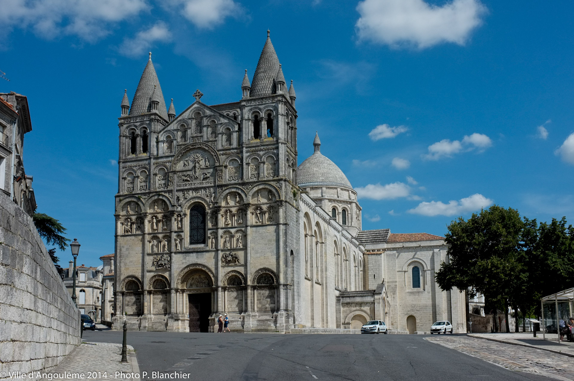 angouleme-cathedrale